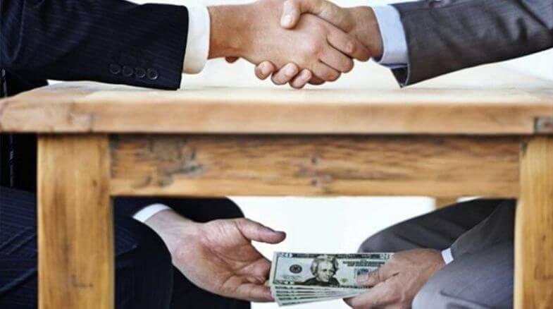 Alianza para combatir el lavado de dinero junto a la UIF